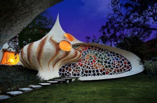 Удивительный дом-раковина Наутилус (Nautilus House) в Мексике