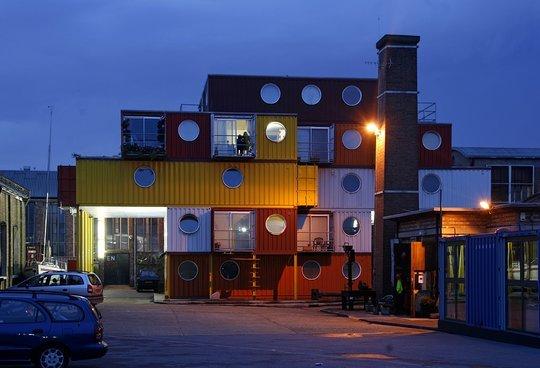 Дома из контейнеров. Лондон, Англия