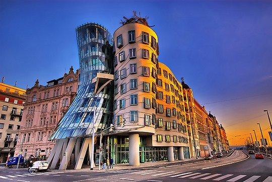 Танцующий дом, Прага. Чехия